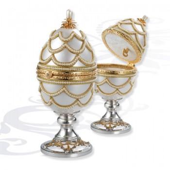 Шкатулка музыкальная  Яйцо на серебряной подставке, артикул 0111714/A