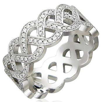 Кольцо из белого золота с 182 бриллиантами весом 0.88 карат