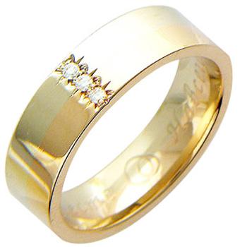 Обручальное кольцо из комбинированного золота с 3 бриллиантами весом 0.06 карат
