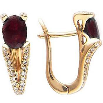 Серьги из красного золота с 52 бриллиантами весом 0.29 карат и рубинами