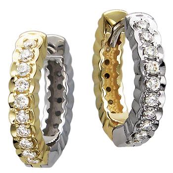Серьги из комбинированного золота с 40 бриллиантами весом 0.50 карат