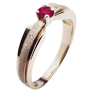 Кольцо из комбинированного золота с 6 бриллиантами весом 0.04 карат и рубином